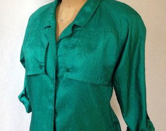 1980s green button front blouse by Diane Von Furstenberg size 10