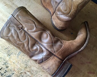 Vintage Western Cowboy Boots, Vintage Acme Leather Boots, Tan Boots, Ladies Cowboy Boots, Cowboy Boots for Women, 1960's Brown Leather Boots