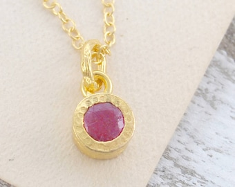 Ruby Gemstone Necklace - Gold Ruby Necklace - Ruby Pendant Necklace - Ruby Necklace - Ruby Pendant - Gemstone Jewelry - Gold Ruby Birthstone