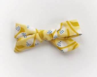 Forget Me Knot print Mini Gracie Bow ~ yellow floral print ~spring print