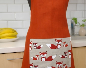 Linen Apron with Foxes - Personalized Kitchen apron - Apron with pocket - Christmas Gift for cook or baker - Orange Fox apron