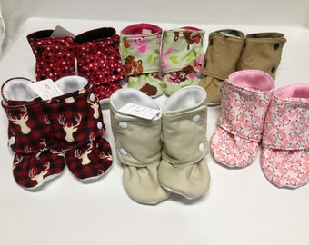 Size 7/8 toddler booties