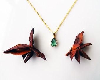Green Tear Drop. Green Emerald Drop Shape Set In Classic 18K Gold Tear. With 18K Gold Chain. Gold Emerald Pendant. Dainty Birthstone Charm.