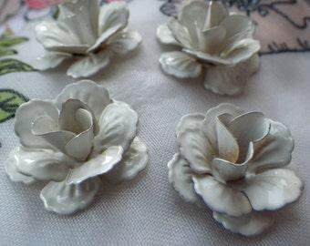 Winter White Gorgeous 22mm Metal Flowers 4 Pcs