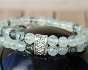 Bracelet with prehnite beads
