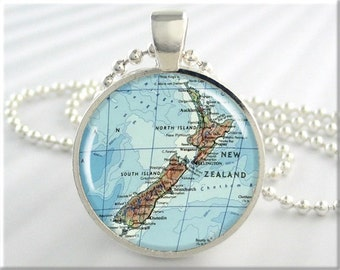 New Zealand Map Pendant, Resin Charm, New Zealand Map Necklace, Picture Jewelry, Round Silver, Gift Under 20, Map Charm, Travel Gift 613RS