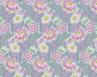 Tula Pink - Spirit Animal - Petal Heads - PWTP103-LUNA