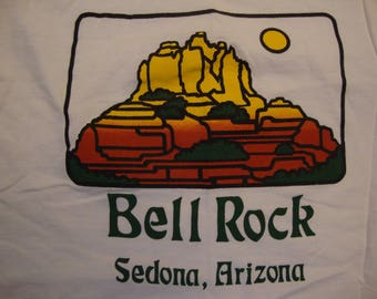 Vintage 90's Bell Rock Sedona, Arizona Tourist Souvenir White T Shirt Size L
