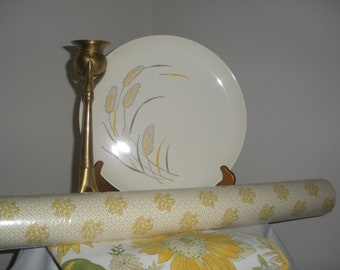 Vintage Wallpaper Yellow and White Patterned Prepasted Vinyl Wallpaper Five Rolls= 10 Rolls