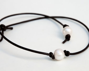 Leather Pearl Choker, Pearl Leather Necklace, Genuine Freshwater pearl, June Birthday, BROWN Leather Pearl necklace, 16 INCH Necklace