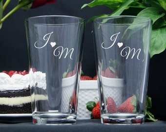 Personalized Beer Glasses / Engraved Beer Glass / Monogram Glasses / Engraved Wedding Glasses / Etched, Bride and Groom- Select ANY QUANTITY