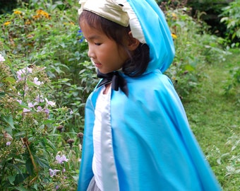 Princess Cape Ella Gant Blue