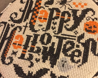 """Finished Framed Cross Stitch: Happy Halloween 6"""""""