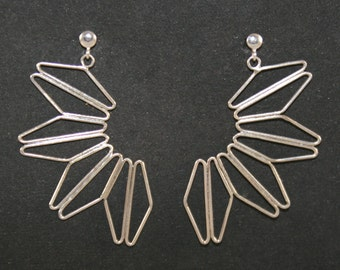 Earrings half daisy