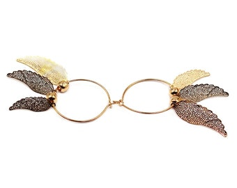 Elegant gold wings earrings