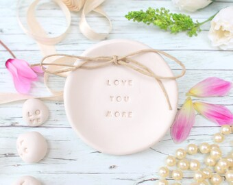 Wedding ring dish, White ring dish, Engagement gift, Bridal shower gift, Ring holder, Engagement gifts for couple, Wedding ring pillow