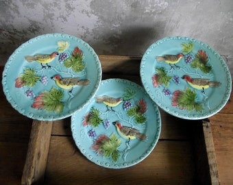 Majolica Birds & Grapes Plates , Set of 3 Salad Plates , Georg Schmider Zell , German Art Pottery , Vintage French Country Style Wall Decor