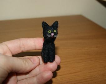 Cat miniature, black cat miniatute, felted black cat, black white cat, felted kitten