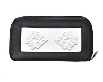 Black and white big vegan wallet for women / vegan purse / vegan accessories / vegan coin purse for women / vegan bags / medusa vegan bags