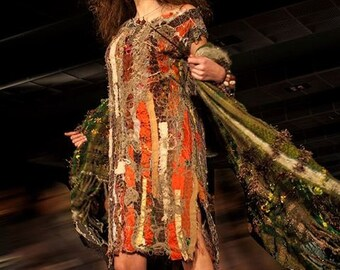 Spruce Eleganza Dress with lots of silk *price drop*