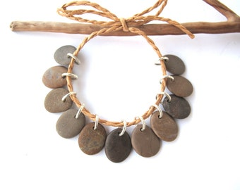 Rock Charms Drilled River Stones Mediterranean Diy Jewelry Natural Stone Pebble Charms Beach Stone Pairs SMALL BEIGE MIX 14-15 mm.