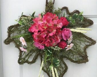 Spring door hanger - Hydrangea Spring decor - Spring door decor - Hydrangea door hanger - silk flower hanger - Spring wreath arrangement