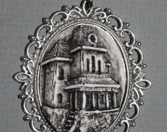 Halloween Cameo Jewelry - Necklace - Psycho House Necklace  - Haunted  House -Bates Mansion