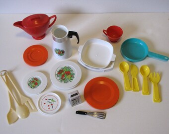 Vintage Toy Dishes Lot