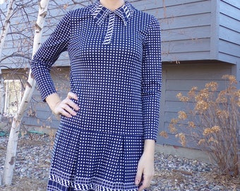 navy and white SILKY MOD DRESS dropped waist 1960's 60's S