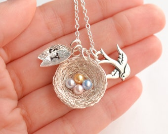 4 Eggs Bird's Nest Necklace, Bird Necklace with Pearl Eggs, Nest with Egg, Personalized Bird's Nest Necklace, New Mom Necklace Birthstone