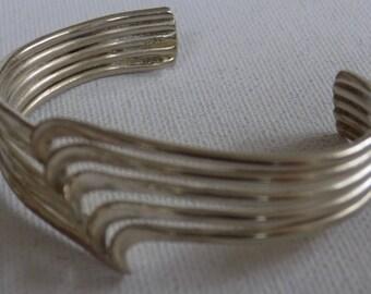 Vintage bracelet,sterling silver bracelet, wavy cuff bracelet, modernist bracelet, 925 designer bracelet, vintage jewelry