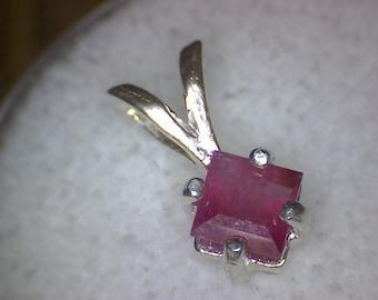 Red Beryl Bixbite Emerald Pendant