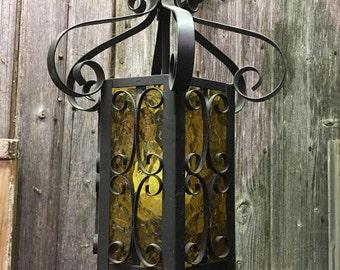 Hanging Victorian lamp