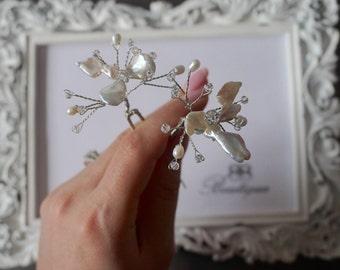 Baroque freshwater pearls,  bridal hair pin, Bridal hair accessories, wedding accessories