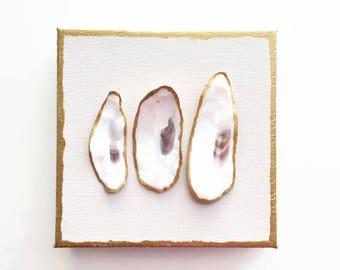 Oyster Shell Art. Oyster Shell Gift. South Carolina Art. Coastal Wall Hanging. Beach House Decor. Destination Wedding Gift