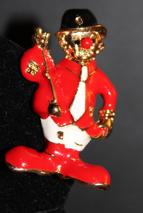 Hobo Clown Brooch Pin with Red Black White Enamel on Gold Tone Setting