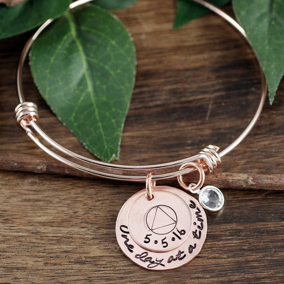 One day at a Time, Personalized Sobriety Jewelry, Sobriety Bracelet, Sobriety Date Jewelry, Sobriety Gift for Her, Sober Date Jewelry
