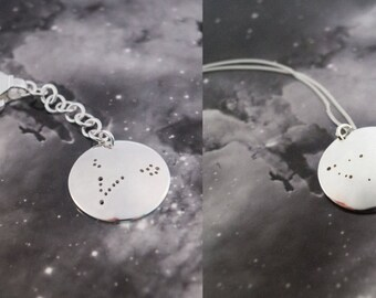 Keychain and Pendant set: A set of constellation key chain and pendant.