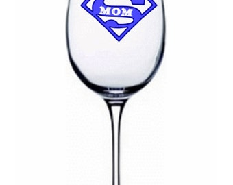 SUPERMOM Wine Glass