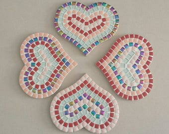 """Set of 4 coasters """"heart"""" pattern Red"""