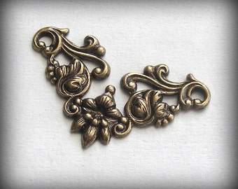 LuxeOrnaments Oxidized Brass Filigree Leave and Vines Connector (1pc) 36x21mm B253X-VJS SG-9052
