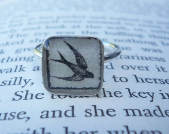 Sparrow Ring -  Sterling Silver and Resin Size 7.25