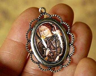 1 Qty JOAN of ARC Handmade Photo PENDANT/charm in 25x18mm Antique Silver/Antique Brass Bezel-Catholic Saint-Christian Charm-Religious-Martyr