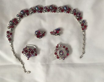 Lisner Red Cabochon Lucite Necklace, Earrings and two Brooches