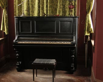 Abanonded Piano