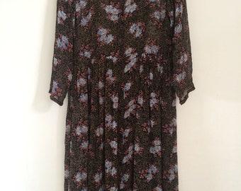 Vintage 90s sheer smock dress with floral daisie print