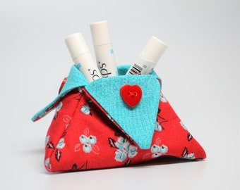 Mini basket, Thread Basket, Lipstick Holder, Bath and Beauty Catchall, Red and Turquoise Triangle Basket