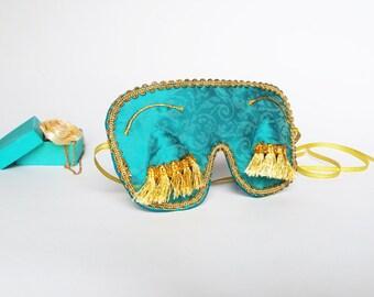 Audrey Hepburn sleep mask with eyelashes - Holly Golightly Breakfast at Tiffany's eye mask - Bridal Shower favor
