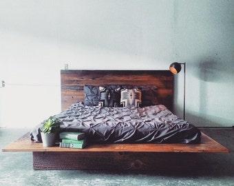 Reclaimed Wood Platform Bed- Barn Wood Bed Frame- Modern Lodge Furniture- Industrial Loft Decor- Rustic Cabin Chic Furnishing- FREE SHIPPING