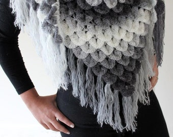 CROCHET PATTERN: Crocodile Dragon Stitch Triangle Shawl - Permission to Sell Finished Product